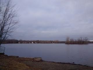 Parc de la Rivière-des-Milles-Îles, bord de l'eau