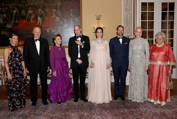 Prince William, Kate Middleton, Crown Prince Haakon, Crown Princess Mette Marit, Princess Astrid, Mrs. Ferner, Princess Martha Louise, Queen Sonja