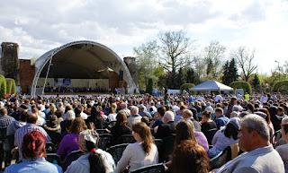 Spectacole in cadrul celei de-a XII-a editii a Festivalului de opera si opereta in aer liber de la Teatrul de vara din Parcul Rozelor din Timisoara