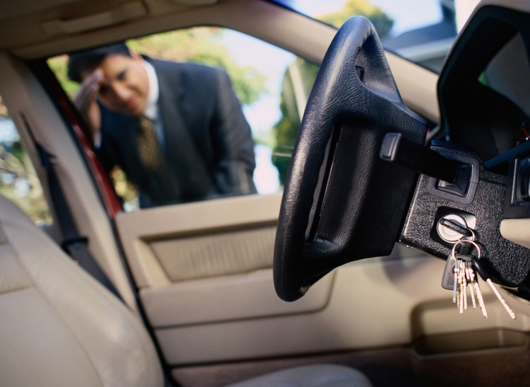 Automotive Locksmith in Charlotte Can Fix Damaged and Curved Keys