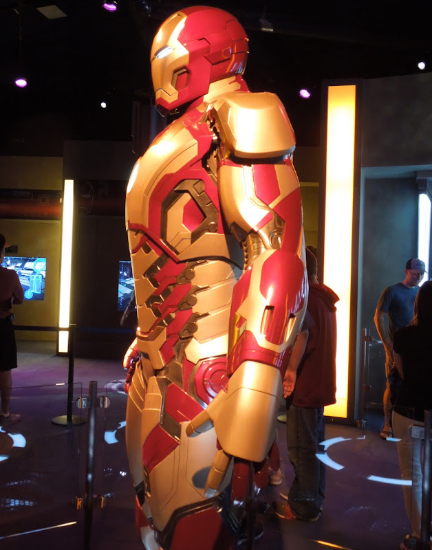 Iron Man 3 Mark 42 suit side