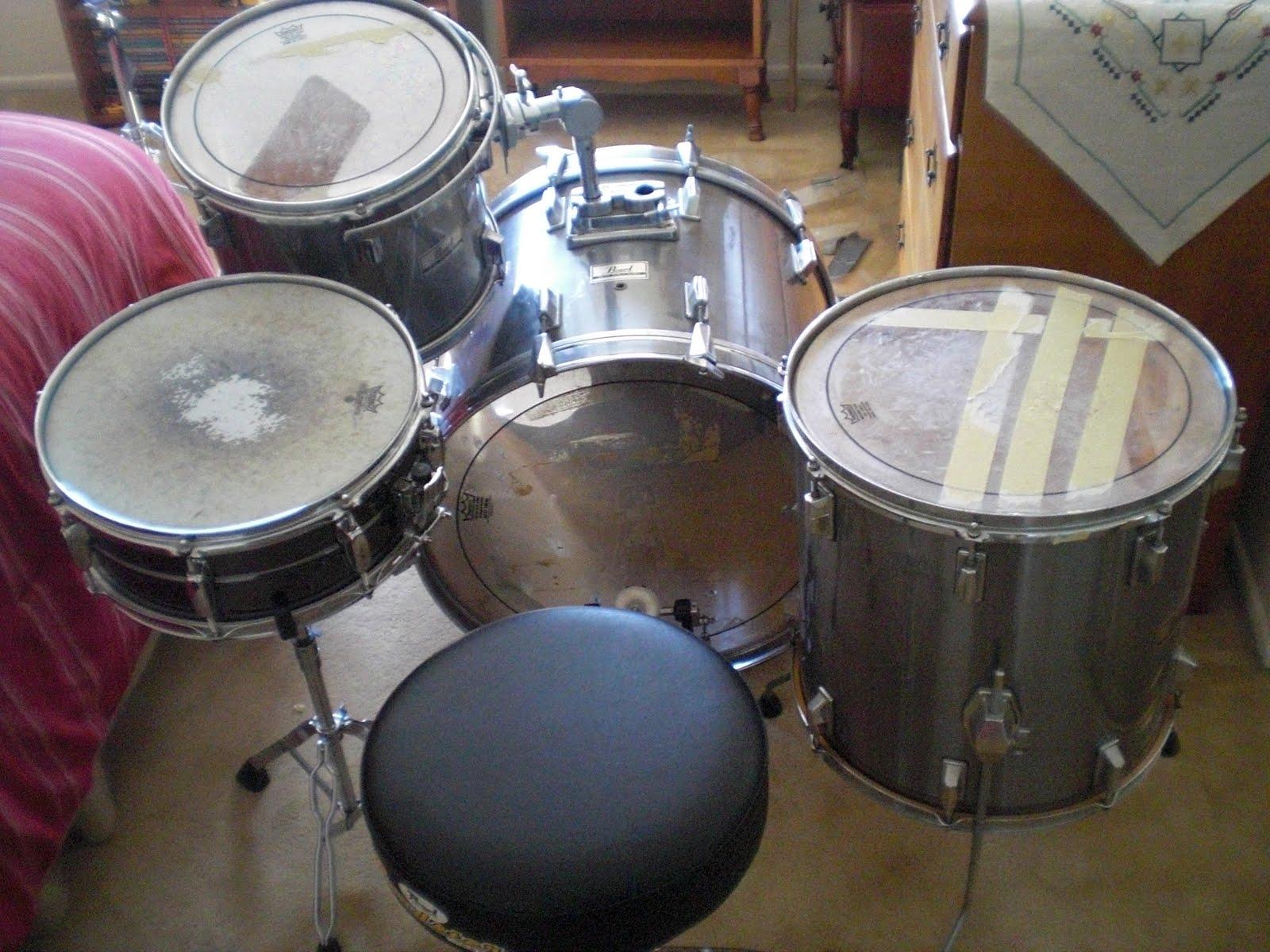 Drum Equipment Pearl World Series Drum Set