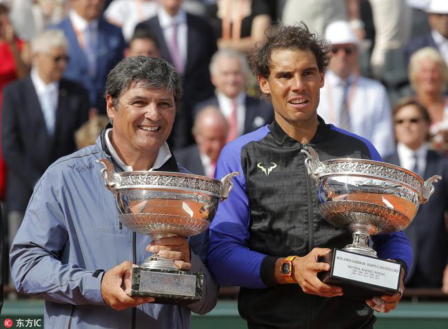 Rafael Nadal vượt qua muôn vàn khó khăn, làm nên kỷ lục mới.