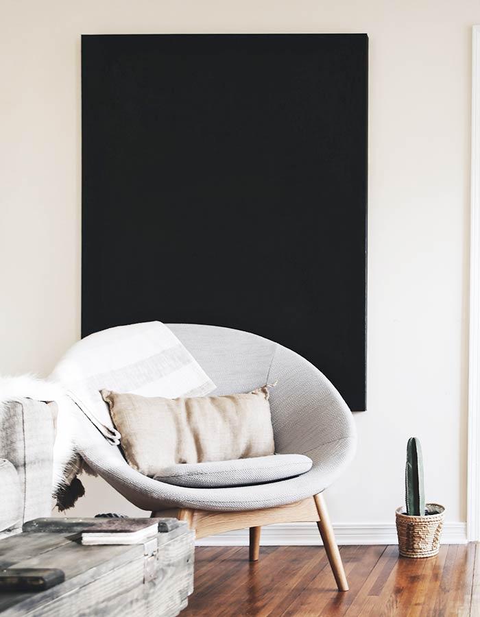 Sala de estar em estilo de decoração escandinava