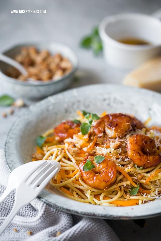 Butternut Kürbis Spaghetti mit gebräunter Butter, Garnelen, Honig, Knoblauch, Parmesan