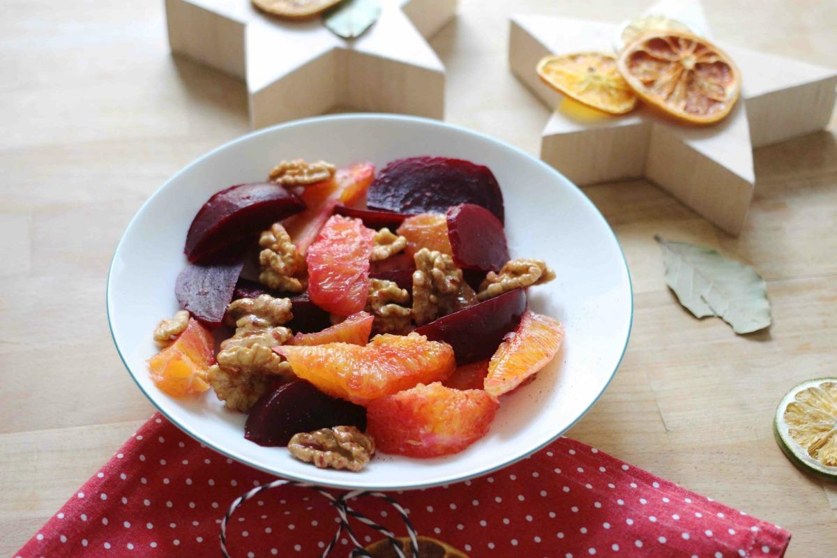 Winter Salat mit Roten Rüben und Orangen