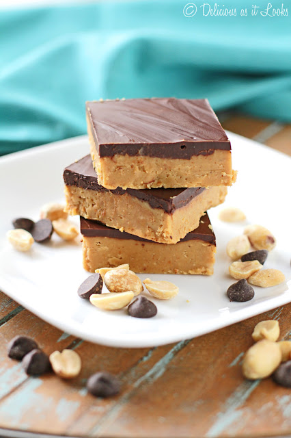 4-Ingredient, No-Bake Dark Chocolate Peanut Butter Bars {Low-FODMAP, Gluten-Free, Vegan Option}  /  Delicious as it Looks