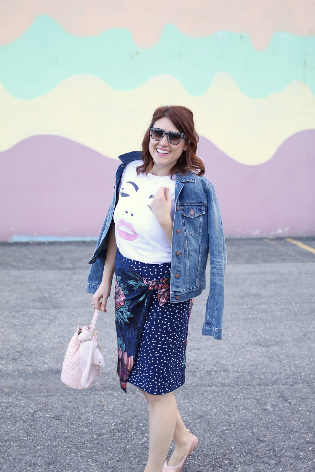 Teacher outfit, professional look, comfortable style, easy outfit, pencil skirt, face tee, yosi samra foldable flats, jean jacket, vera Bradely bag