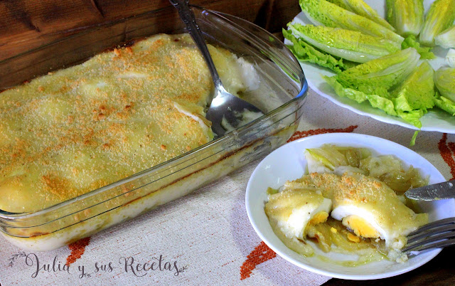 Huevos gratinados con cebolla y bechamel. Julia y sus recetas
