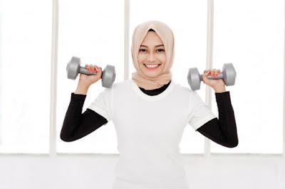 Tetap Gaya Saat Berolahraga Dengan Hijab