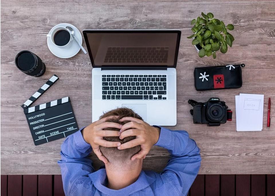 Cách duy nhất để kiếm tiền trên mạng theo bất kỳ cách lâu dài nào đều cần thời gian thực, nỗ lực, máu, mồ hôi và nước mắt