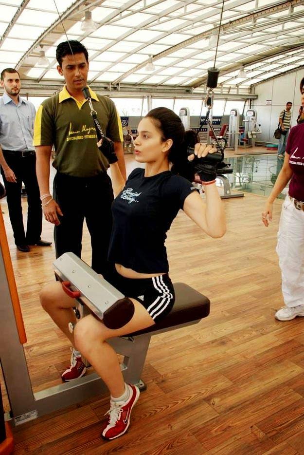 Cute Tamil Actress Wallpapers Coogled Actress Kangana Ranaut At Gym Workout Pictures