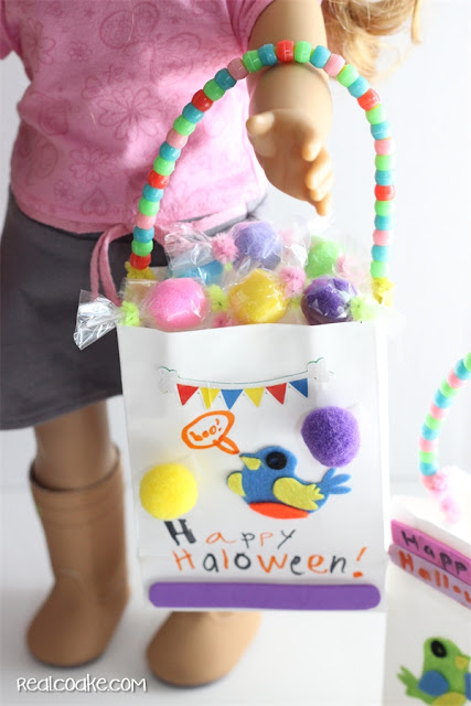 Cute Halloween crafts to make from #PomTreeKids kits for your dolls. #AGDolls #AmericanGirlDoll #Crafts #Halloween #RealCoake