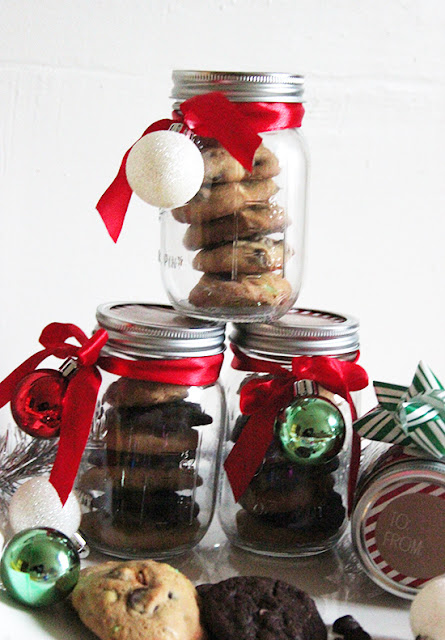 Nestle Toll House Holiday Cookies Mason Jar Gift DIY
