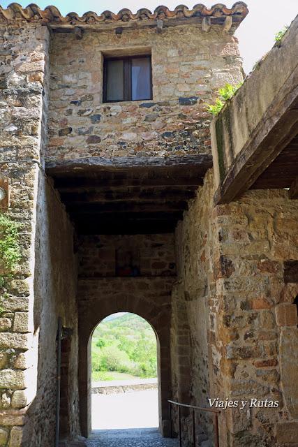 Portal del Mar, Santa Pau, Girona