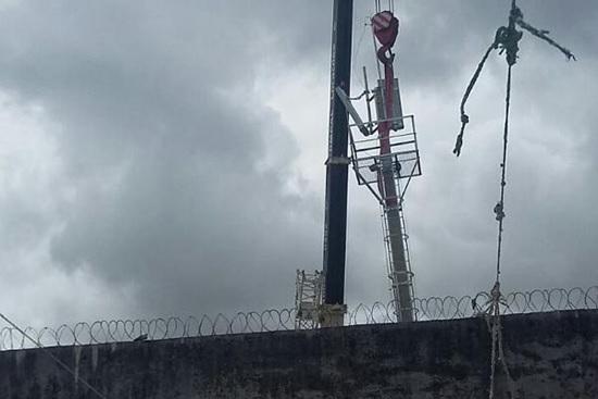 Presídio ganha torres para o bloqueio de sinal de celular