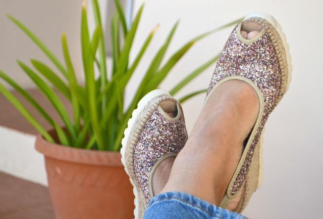 Alpargatas_AEDO_personalizadas_bloguera_obeBlog_cuñas_glitter