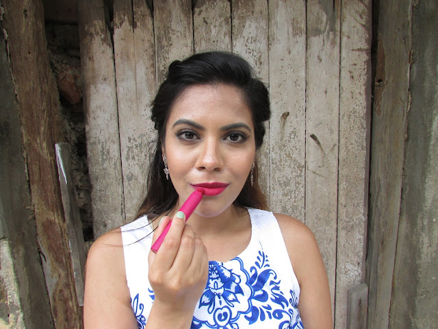 Lakme Absolute Lip Tint Matte Review price india, Moisturizing Matte Lipstick, best matte lipstick, most comfortable matte lipstick, delhi blogger, delhi beauty blogger, indian blogger, indian eauty blogger, makeup, beauty , fashion,beauty and fashion,beauty blog, fashion blog , indian beauty blog,indian fashion blog, beauty and fashion blog, indian beauty and fashion blog, indian bloggers, indian beauty bloggers, indian fashion bloggers,indian bloggers online, top 10 indian bloggers, top indian bloggers,top 10 fashion bloggers, indian bloggers on blogspot,home remedies, how to