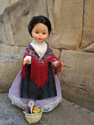 Nancy flamenca con el traje de jotera
