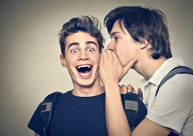 10 Cara Menghadapi Orang yang Suka Menyebar Gosip tentang kita