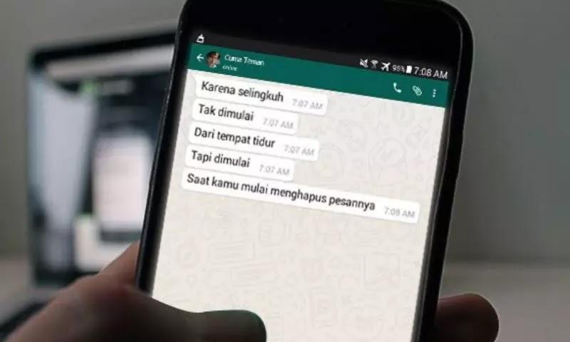 Sudah Nikah Kok Masih Suka Chatting Sama Mantan