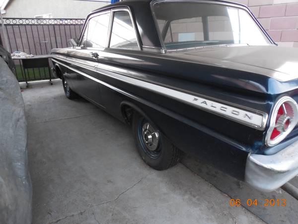 Daily Turismo: 5k: I-6 3-Spd: 1965 Ford Falcon Futura