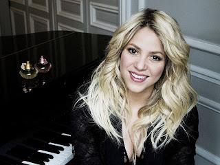 Beautiful hips dont lie singer Shakira