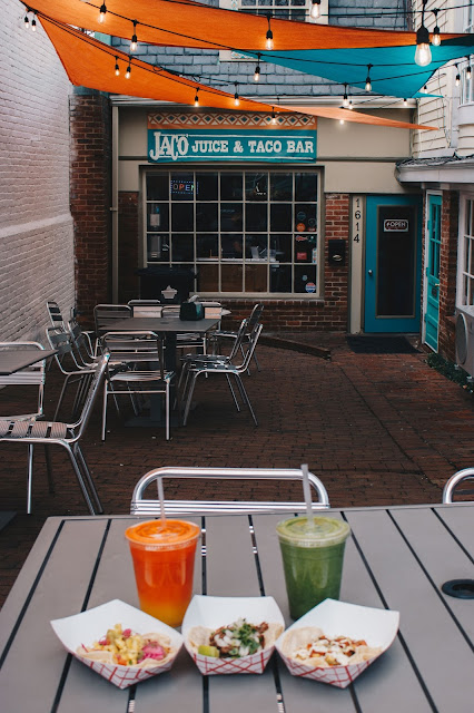 Jaco Juice & Taco Bar tacos and smoothies