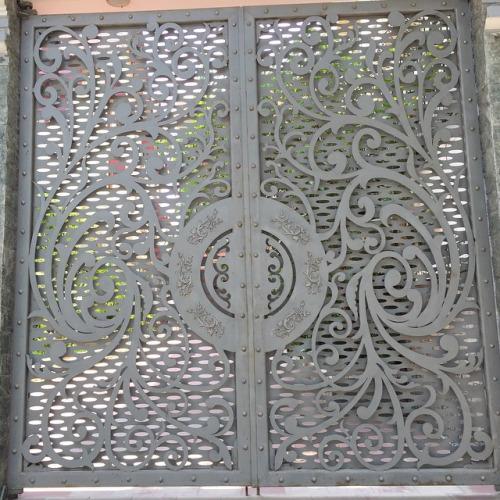 cửa sắt cnc đẹp