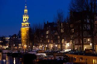 Pour votre voyage Pays-Bas, comparez et trouvez un hôtel au meilleur prix.  Le Comparateur d'hôtel regroupe tous les hotels Pays-Bas et vous présente une vue synthétique de l'ensemble des chambres d'hotels disponibles. Pensez à utiliser les filtres disponibles pour la recherche de votre hébergement séjour Pays-Bas sur Comparateur d'hôtel, cela vous permettra de connaitre instantanément la catégorie et les services de l'hôtel (internet, piscine, air conditionné, restaurant...)