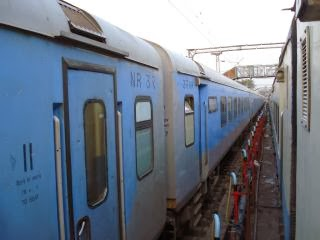 12004 New Delhi Lucknow Shatabdi Express