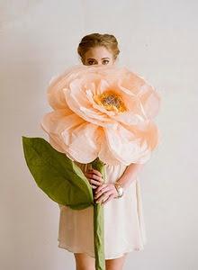 rosas-gigantes-de-papel