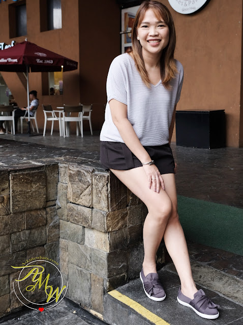 a photo of Nikki Tiu Askmewhats wearing Bata Shoes