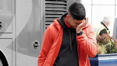 Bek Manchester United Diminati Everton