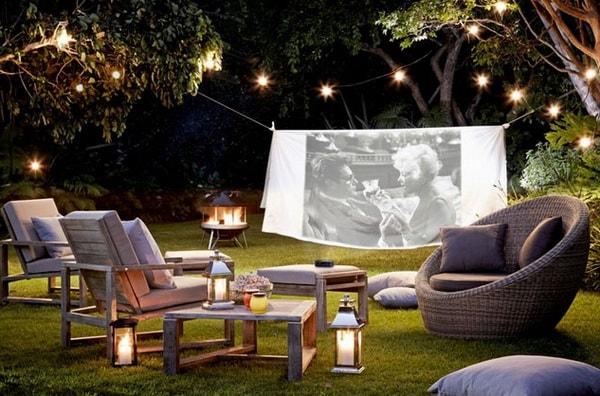 Easy DIY Outdoor Cinema in The Garden - Home Garden Cinema 8