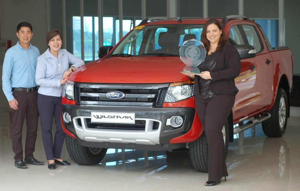 ford philippines bags  awards ranger wildtrak hailed  philippine   truck