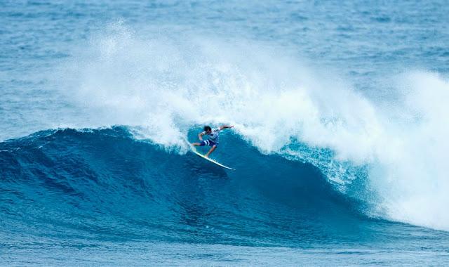 14 Vans World Cup of Sufing 2014 Julian Wilson Foto ASP