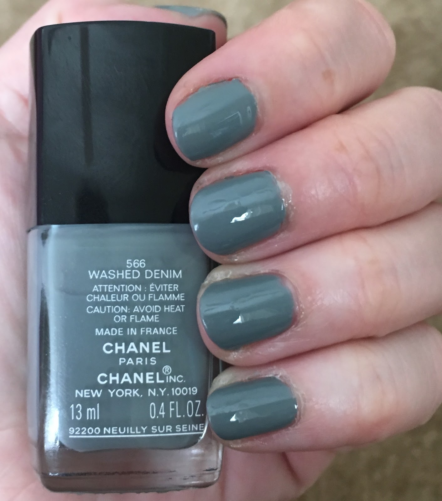 The Beauty of Life: #ManiMonday: Chanel Le Vernis in Washed Denim