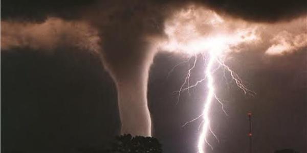 Αμύνεται με όλα τα μέσα η Ρωσία: Δέχεται βομβαρδισμούς HAARP - Σούπερ βιβλική καταιγίδα κτυπάει την Μόσχα τις επόμενες ώρες!