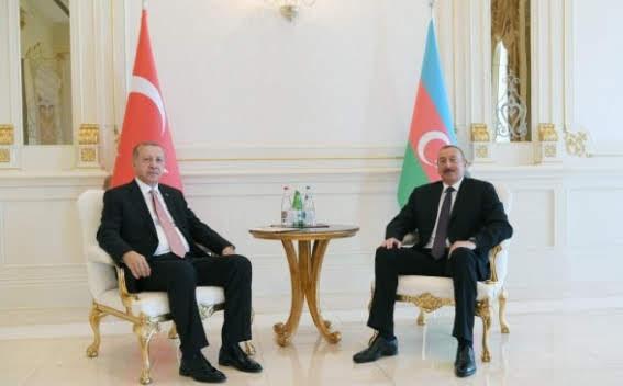 """Erdogan expresó su apoyo al """"hermano de Aliyev"""" por Karabaj"""