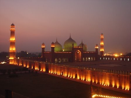 Badshahi Mosque Wallpapers - Articles about Islam