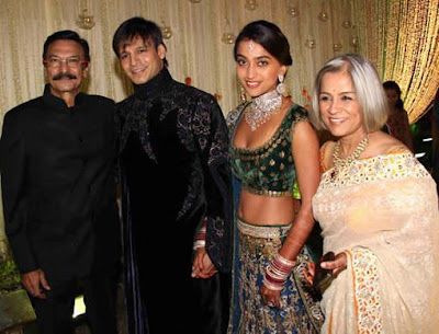 bollywood-celebrity-wedding-reception-vivek-oberoi-and-priyanka-alva