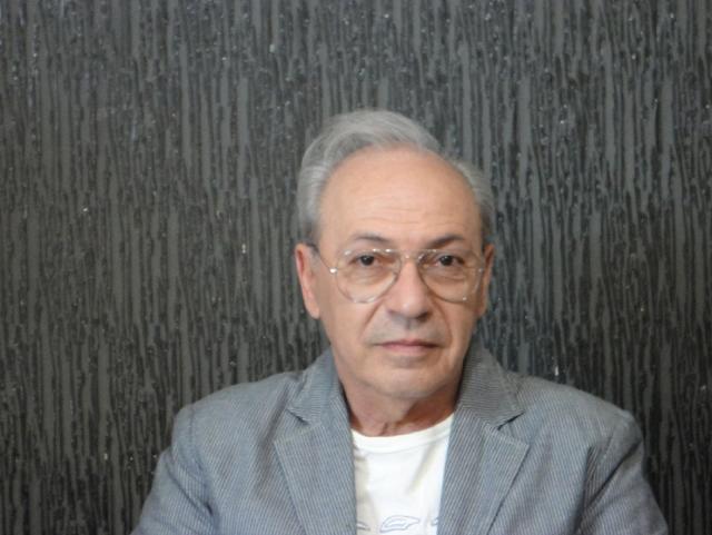 Νίκος Καπλάνης