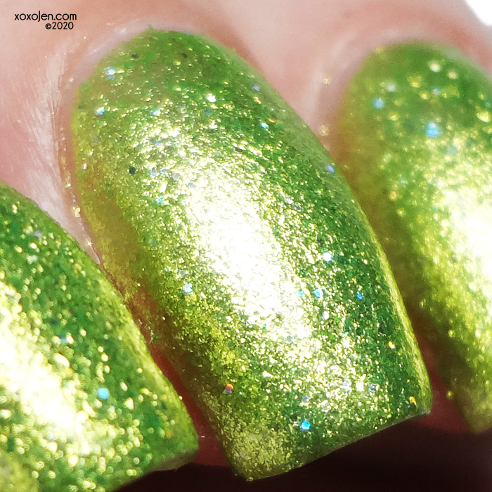 xoxoJen's swatch of KBShimmer Turtley Awesome