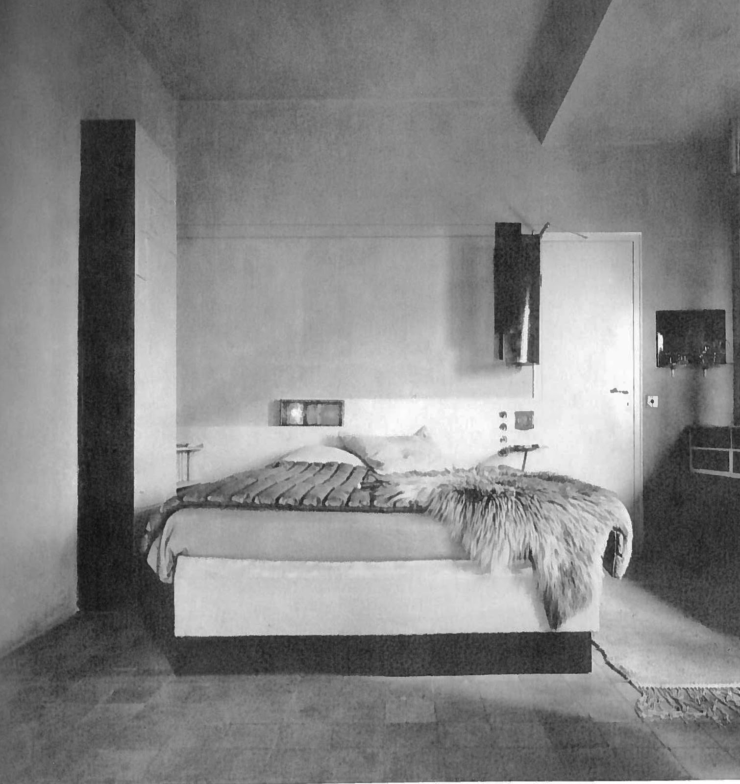 Thefurniture Com: E.1027: Furniture Makes The Room