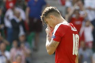 Popular Arsenal Fan Labels Arsenal Star An Idiot
