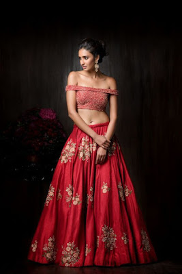 Beautiful Indian Model Girl In Off Shoulder Blouse With Modern Style Indian Wedding Lehenga.