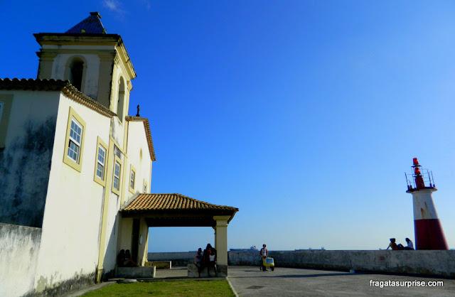 Salvador -Igreja de Nossa Senhora do Monte Serrat e Farol do Humaitá