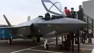Global arms firms showed off  their wares in Japan as it prepared a plan to buy billions of dollars of U.S. military equipment, including 40 Lockheed Martin F-35 stealth fighters worth about US$4 billion.