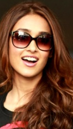 Ileana d cruz age,bikini,upcoming movies,husband,biography,photoshoot,boyfriend,marriage,sister,date of birth,